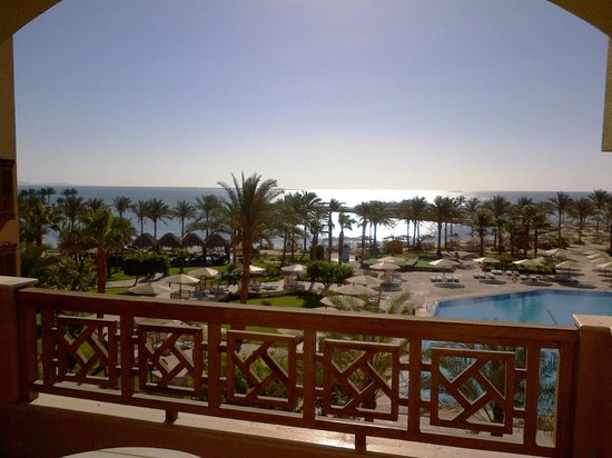 Mövenpick Resort Hurghada: Sunrise View