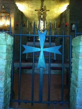 Castello della Magione a Poggibonsi, interno della Chiesa
