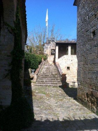 Castello della Magione a Poggibonsi, scorcio