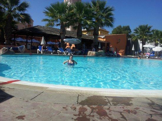 Diverhotel Marbella: la piscina