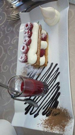 La Table de François : Dessert-Mille feuilles au framboises, mousse mascarpone