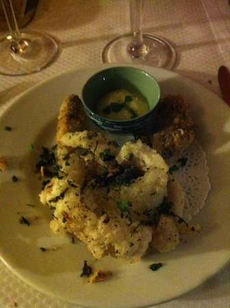 Canet-Plage, Γαλλία: Entrée : Calamar et huitres croustillantes aux herbes avec son aïoli de wasabi.