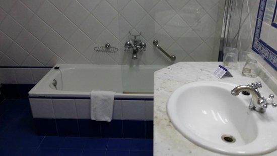 Palacio de los Velada: El baño muy limpio