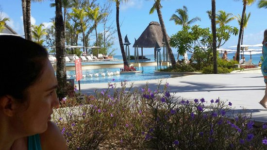 Ambre Resort & Spa: View over pool to the ocean