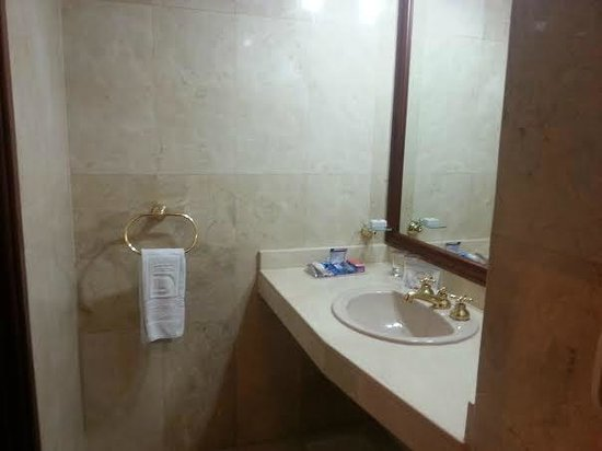 Hotel Dann Carlton Bogota: Nice bathroom