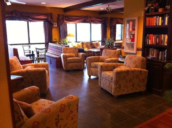 Highlands Inn Lodge: Lobby