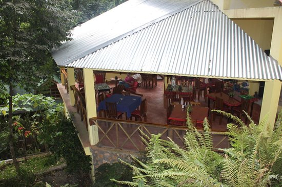 Gucumatz Lakeside Inn : The dining room