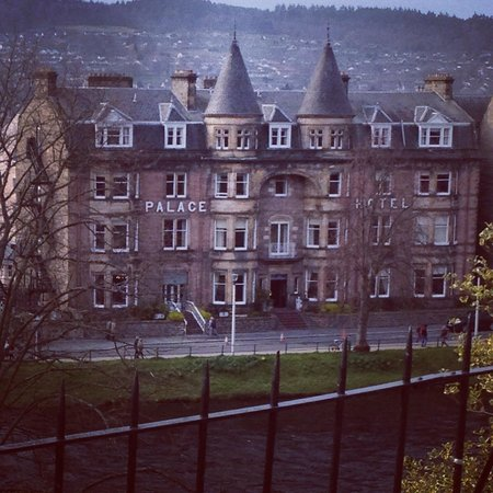 BEST WESTERN Inverness Palace Hotel & Spa: A view of a fabulous hotel in the highlands!