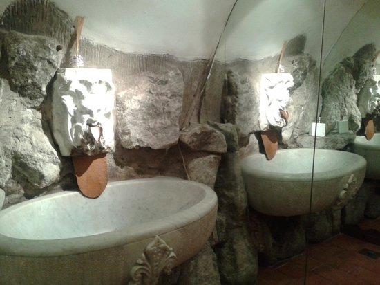 Ristorante La Grotta: il bagno
