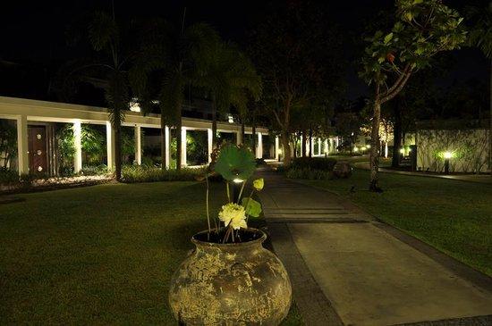 Two Villas Holiday Oxygen Style Bangtao Beach: Paz y sosiego en el paraíso.