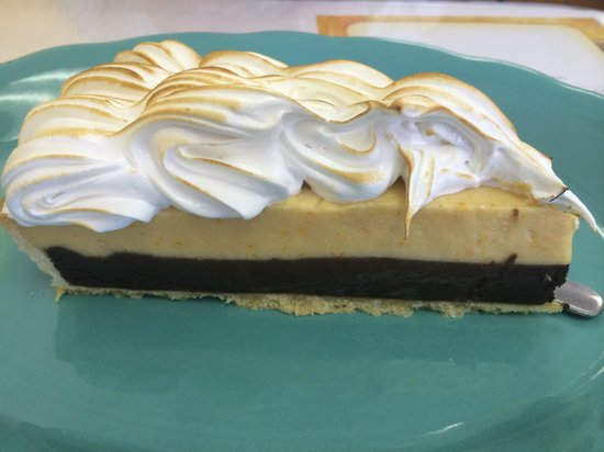 Chez Sabine: Orange chocolate meringue pie