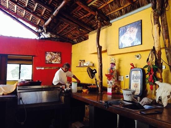 Boyitaco : Interior shot of the chef at work