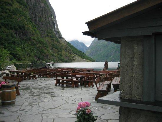 Gudvangen Fjordtell : L'area aperta del ristoro