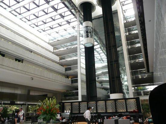 Concorde Hotel Singapore : hotel's lobby