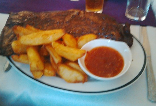 Captain Cook Inn: Ribs and Chips