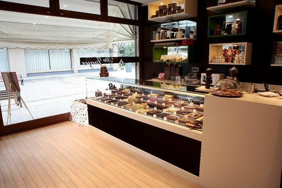 Chocolaterie Belge Artisanale de Jaeger: more than 55 different pralines available