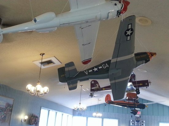 McLain Family Steakhouse: For the airplane buff model airplanes hang from the ceiling.