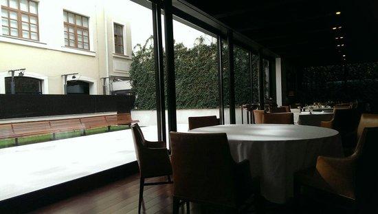 Square Nine Hotel Belgrade: Restaurant