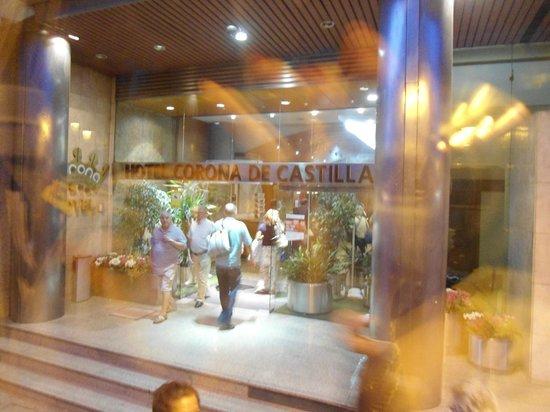 Hotel Corona de Castilla: Entrada do HotelCorno de Castilla
