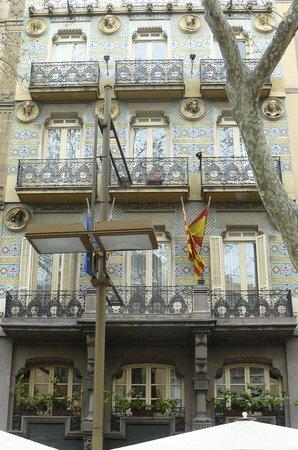 Hotel Ramblas Barcelona : facciata modernista