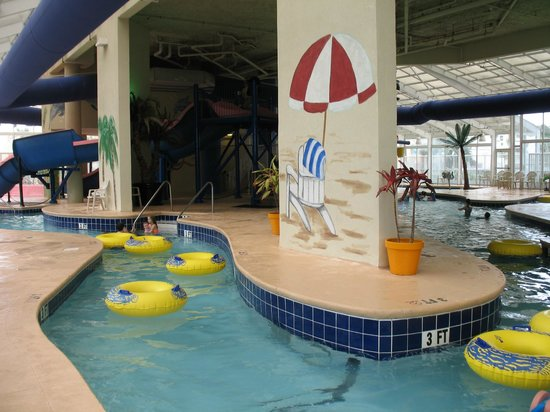 Dunes Village Resort: lazy river