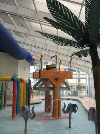 Dunes Village Resort: Kiddie splash area