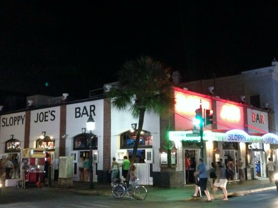 Calle Duval: Sloopy Joe's Bar