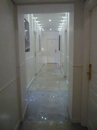Relais Conte Di Cavour de Luxe : Corridor