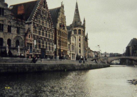 Ibis Gent Centrum St-Baafs Kathedraal: Het centrum , ligt vlak bij het hotel .
