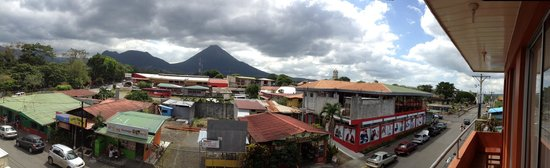 Hotel Las Colinas: Great view of the volcano