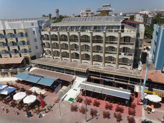 Temple Beach Hotel: DIŞ GÖRÜNÜM VE GİRİŞ