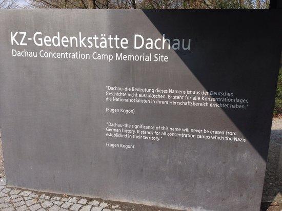 KZ-Gedenkstätte Dachau: Larry Pictures