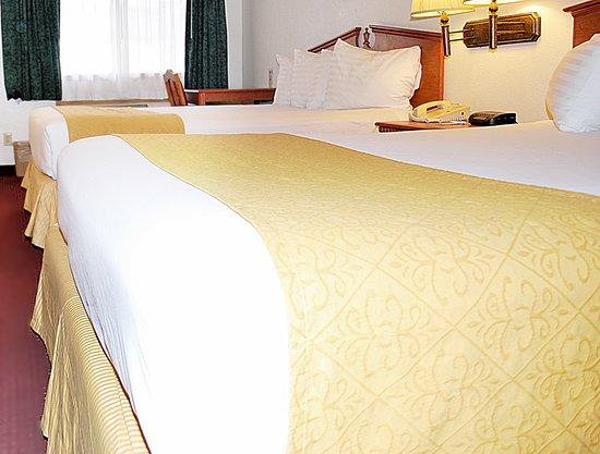 Vagabond Inn & Suites Klamath Falls: Two Queens