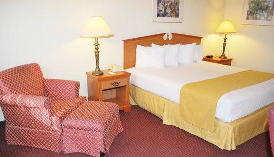 Vagabond Inn & Suites Klamath Falls: King Room