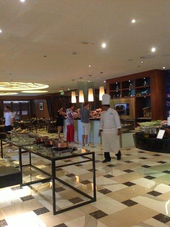 Sofitel Dubai Jumeirah Beach : el mejor y m'as completo desayuno!