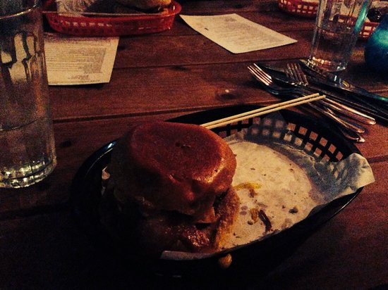 Almost Famous: Burger