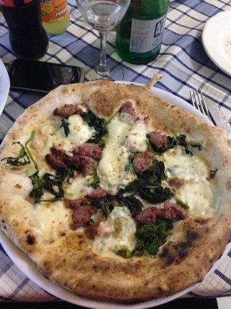 Regine Trastevere: Salsicce e friarielli