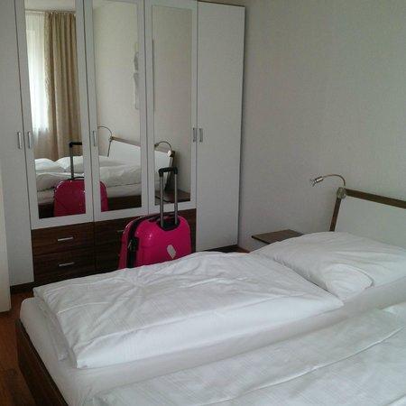 Apart-West: chambre