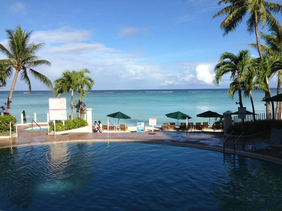 The Westin Resort Guam: praia particular e piscina