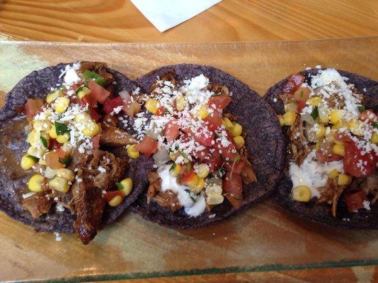 Babalu Tapas & Tacos: Pollo tacos - delicious!