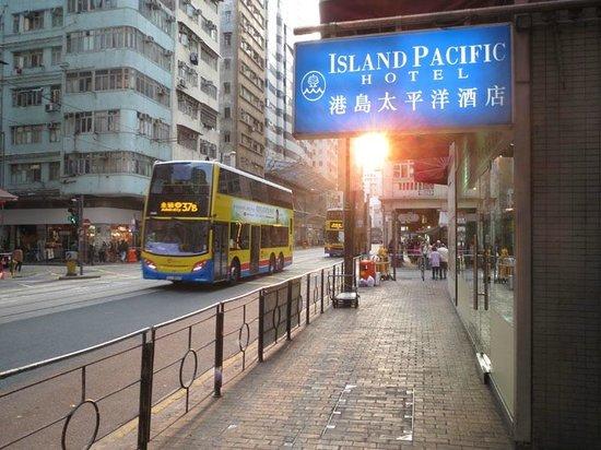 Island Pacific Hotel: Street view
