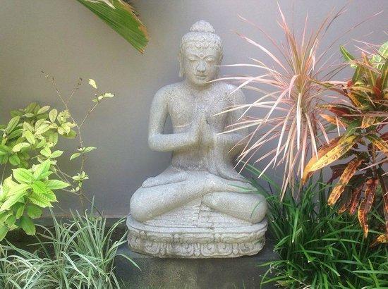 Indiana Kenanga Villas: Buddha Garden in our villa
