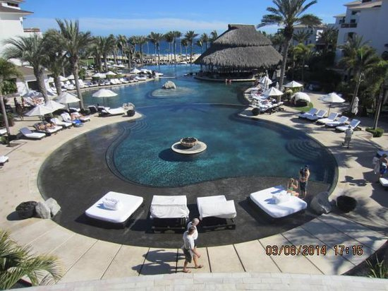 Cabo Azul Resort: Beautiful pool view