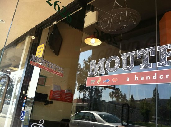 Mouthful Eatery : What caught My Eye.