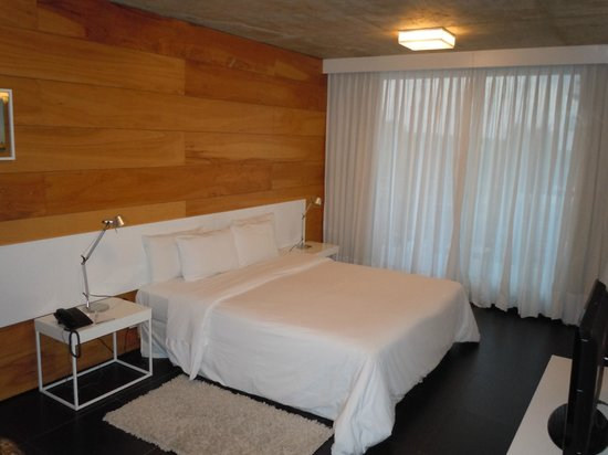 Costa Colonia Riverside Boutique Hotel : quarto