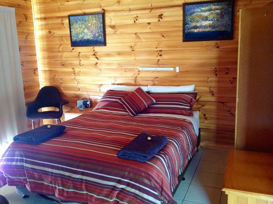 Lumera Chalets: New queen size beds and Actil linen
