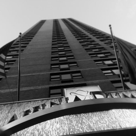 Dumont NYC–an Affinia hotel: Front of Hotel
