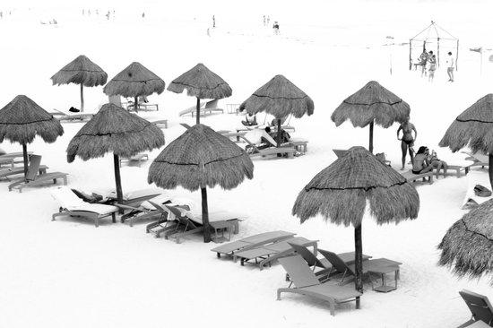 Sunset Royal Beach Resort: O conforto na praia