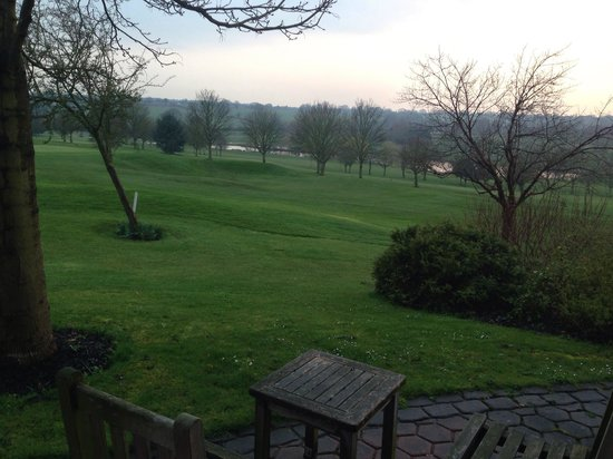 Best Western Plus Coventry Windmill Village Hotel Golf & Spa : Balcony and view from Room 225