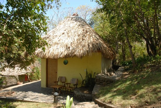 "San Simian Eco Lodge: Bungalow ""Piña"""